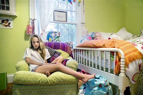 nude teen in her room